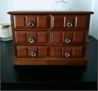Jewelry chest Saskatoon, S7L 7J4