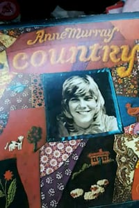 "Anne Murray ""Country"" vinyl album La Plata, 20646"