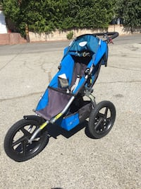 B.O.B blue and gray jogging stroller (NEW)