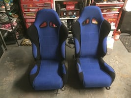 Racing seats in excellent condition