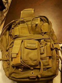 Maxpedition sling pack Sacramento, 95822