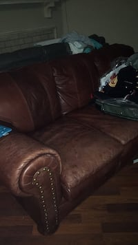 Leather Couch Little Elm, 75068