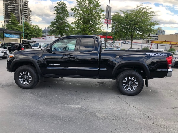 2016 Toyota Tacoma 4WD Access Cab V6 TRD OFF Road Manual 6