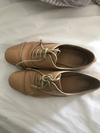 beige leather Oxford shoes Vaughan
