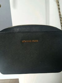Michael Kors side bag Toronto, M6E 4H3