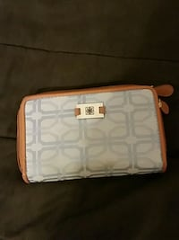 Wallet  Knoxville, 37920