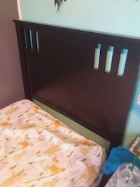 Twin bed with good matress Bakersfield, 93306