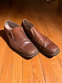 pair of brown leather slip on shoes Toronto, M4J 1R9