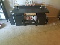 Entertainment stand Middletown, 06457