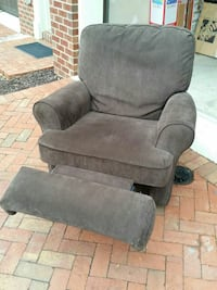Custom Rotating Reclining Rocking Chair Rockville, 20850