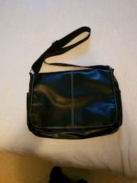 Leather laptop Messenger Bag  Calgary, T3A 4J8