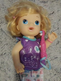 Used Baby Alive Toothbrush Doll For Sale In Roseville Letgo