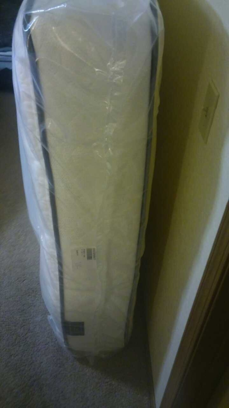 used hampton and rhodes st 550 plush full mattress in milton