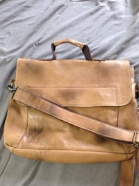 Large leather messenger never used  Anchorage, 99504