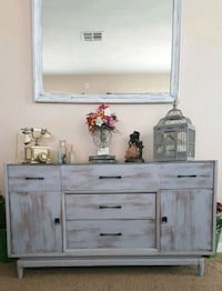 """Shabby chic buffet 53""""L30""""T20""""D Apple Valley, 92308"""
