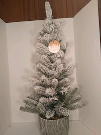 """Arctic Circle, Faux Snowy Christmas Tree. 36""""T Chicago, 60640"""