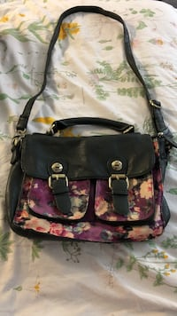 Darling Purse Purchased in Quebec City Vancouver, V6E 1G5