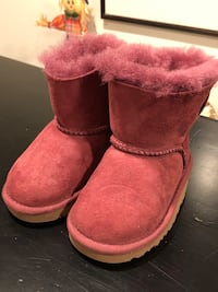 Pink UGGS Children-6 Rockville, 20853
