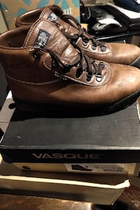 Vasque Hiking Boots Mens Size 10.5