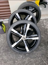 5 lugs, 20 inch rims with tires Las Vegas, 89139