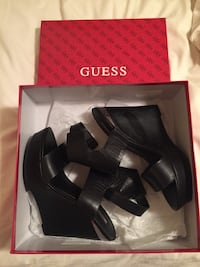 Black leather guess open toe ankle strap wedges with box Laval, H7M