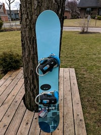 Burton Snowboard w/Bindings and Women's Boots Rolling Meadows, 60008