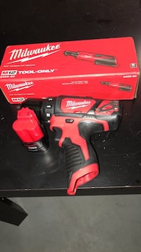 Brand new Milwaukee drill & 1/4' Ratchet