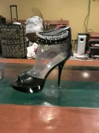 Black stiletto heels  Warwick, 02889