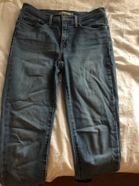 Levi's jeans size 29, shaping skinny fit  Waterloo, N2L 3W6