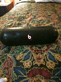 Beats pill Bluetooth speaker with case San Angelo, 76903
