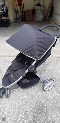 Britax Travel System, Car sear and stroller Mississauga, L5L 4N2