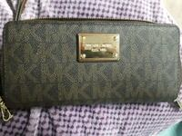 Michael Kors wallet  New Tecumseth, L9R 1V4