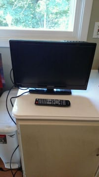 18 inch tv with remote Euclid, 44117