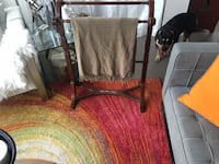 Wood blanket stand 2 avail Vaughan, L4K 0G3