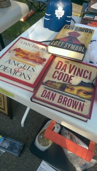 Da Vinci Books sold as set if not $15 each or $30 for set. Aurora