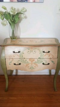 brown wooden floral print chest Los Angeles, 90034
