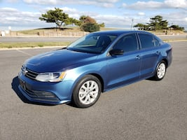 2015 Volkswagen Jetta Sedan 1.8T SE 70K Miles - WE FINANCE!