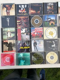 100 CD'S ASSORTMENT . Condition is USED - Like New condition. Shipped with USPS Media Mail.   What you see is what you get, all music cd's are in their case. No returns or exchanges all sales final.   Please see pictures so that you see what you are gett