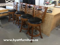 """Solid wood counter height 24"""" stool 多倫多, M1P 3C2"""