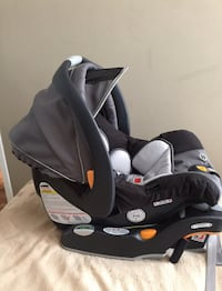 Chicco keyfit car seat excellent condition  Vaughan, L4L 3V7