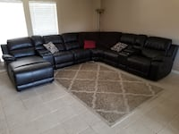 black leather sectional sofa 6 months old Oak Point