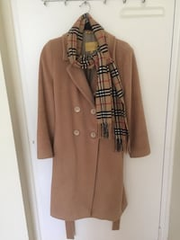 Woman's Wool and silk coat Hamilton, L8S 1G8