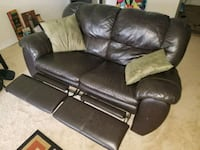 Genuine leather love seat (deep brown) Tampa, 33612