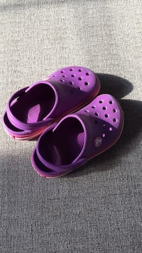 Crocs - size 8/9 Hollywood, 20636