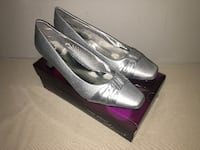 Size 11 Wide - Women's Satin Silver Dress Shoes With Added Sole Grip Toronto