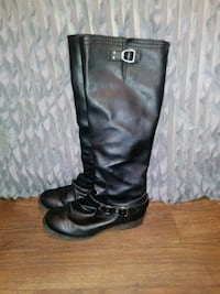 BLACK BUCKLE BOOTS SIZE 8