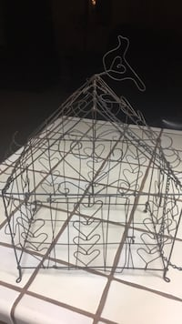 Handmade wire Hanging Birdcage  with Hearts Bakersfield, 93308