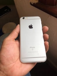 Amazing Condition iPhone 6S Plus Unlocked 128 GB Vancouver, V6E 1N1