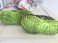 Size 4 toddler shoes Fort Knox, 40121