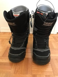 Pair of 32 snowboard boots size 9.5
